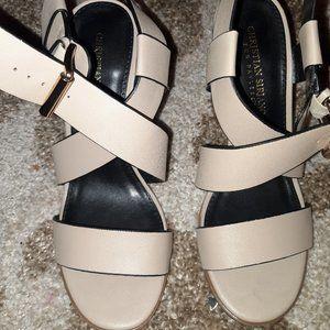 Christian Siriano tan buckle strap heels S-71/2